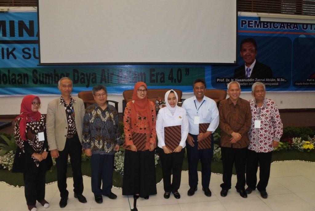 Foto bersama seminar TSDA
